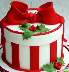 Christmas Wedding Cakes, Christmas Cake Designs, Christmas Cake Decorations, Christmas Brunch, Christmas Sweets, Christmas Goodies, Christmas Baking, Winter Torte, Bolo Halloween