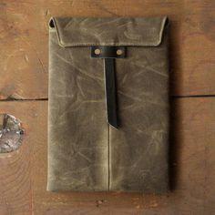 Moss Black iPad Case / TM1985