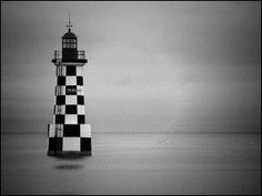 Perdrix noire et blanche #phare #lighthouse #Bretagne