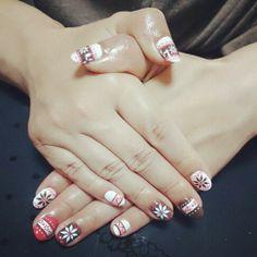 Tirolean nails