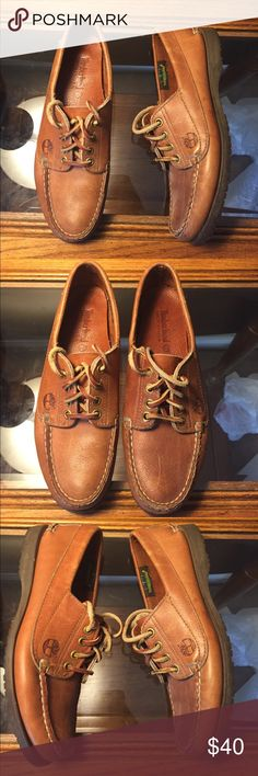 Women's Timberland Amherst 2-Eye Boat Shoes - 7 Excellent condition. Women's Timberland Classic Amherst 2-Eye Boat Shoes - 7  - Premium full-grain leather uppers - Traditional handsewn construction - 360-degree functional rawhide lacing system for a customized fit - Leather linings and footbeds Timberland Shoes Flats & Loafers
