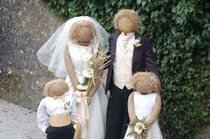 DIY Decor: How to Make a Scarecrow - Tutorials and ideas, including this wedding party scarecrow group from the Kettlewell Scarecrow Festival. Make A Scarecrow, Halloween Scarecrow, Holidays Halloween, Halloween Decorations, Scarecrow Ideas, Scarecrow Costume, Fall Decorations, Halloween Costumes, Scarecrows For Garden