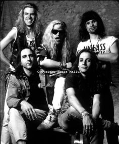 Mother Lovebone - begiining of the crossover to grunge