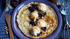 Pannekaker med brownie, is, karamell og nøtter – Ida Gran-Jansen Brownies, Food Porn, Pie, Desserts, Caramel, Cake Brownies, Torte, Tailgate Desserts, Cake