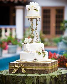 Enchanted #cakestand
