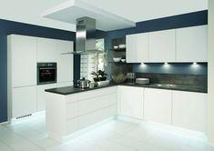 Nobilia Duo 333 White Matt Handle-less German kitchen Kitchen Sets, Kitchen Living, New Kitchen, Kitchen Decor, Kitchen Grey, White Kitchen Floor, Kitchen Colors, Modern Kitchen Design, Interior Design Kitchen