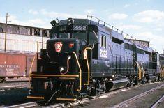 Pennsylvania RR The Four Deuces; Electric Locomotive, Diesel Locomotive, Long Island Railroad, Pennsylvania Railroad, Train Art, John Wayne, Train Tracks, Double Trouble, General Motors