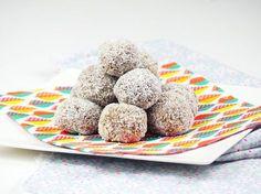Ein richtiges leckeres Gericht sind die gefüllten Stillkugeln mit Kokos. Nicht nur für Schwangere. Für das Rezept und Infos hier klicken!