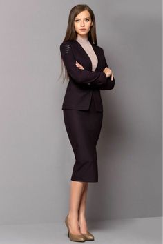 Business fashion is a totally different theme. Up-to-date formal attire is a subtle thing. Corporate Fashion, Corporate Attire, Business Fashion, Business Women, Business Lady, Business Style, Corporate Business, Business Casual, Fashion Mode