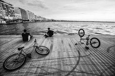 paralia Thessaloniki, Us Sailing, Greece Travel, Places Ive Been, Sunrise, Greek, Sidewalk, Louvre, Explore
