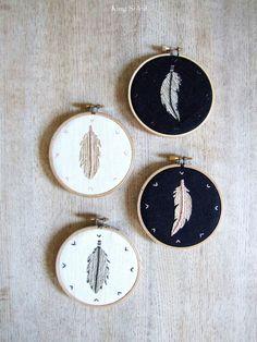 Boho Collection Feathers Metallic Hoop Art