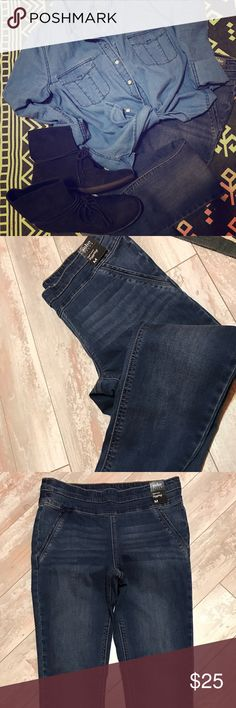 Soho Jeans High Waist Legging Pant Super stretchy and comfortable jeggings. Has the look of a pair of jeans with the comfort and stretch of leggings. Can be paired with any outfit. Straight leg. New with tags. Pants only being sold can find shirt and boots in my closet. Soho Apparel Pants Skinny