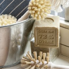 Dille & Kamille stores in Belgium sell traditional/old school cleaning supplies. Wooden pegs included!