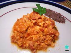 Receta de Chorizo con huevo en salsa roja - Fácil