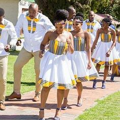 #tshepowedsrachel hashtag on Instagram • Photos and Videos African Bridesmaid Dresses, African Wedding Attire, African Print Dresses, African Dresses For Women, African Attire, African Wear, African Fashion Dresses, African Women, African Prints