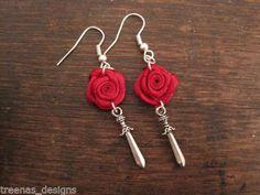 Rose dagger earrings Satin Roses, Red Satin, Red Roses, Rose And Dagger, Gothic Tattoo, Rose Earrings, Earrings Handmade, Sword, Crochet Earrings