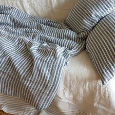 Nautic morbida a righe Copripiumino lino cucito da stonewashed blu e bianco a righe in puro lino, Regina, re, personalizzato lenzuola in lino di DejavuLinen su Etsy https://www.etsy.com/it/listing/477027558/nautic-morbida-a-righe-copripiumino-lino