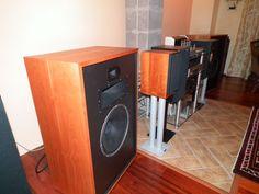 Vintage supreme Stacked Washer Dryer, Washer And Dryer, Best Loudspeakers, Washing Machine, Supreme, Home Appliances, Vintage, House Appliances, Washing Machine And Dryer