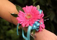 gerber daisy corsages | Gerbera Daisy Wrist Corsage $20-25 Calla Lily Nosegay