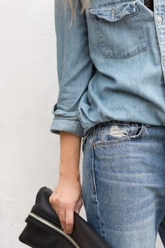 denim on denim // button down shirt & jeans #style #fashion #casual