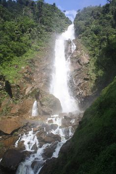 Guatemala - Salto Chilasco en Baja Verapaz, carretera a Coban