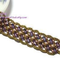 Maroon Bracelet beaded by Piratchada