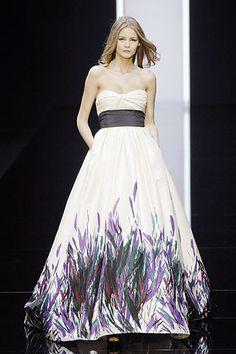 Elie Saab Spring 2008 Ready-to-Wear Fashion Show - Flavia De Oliveira