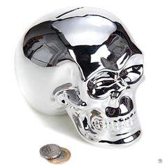 COFRE CAVEIRA PRATA Lindíssimo cofre em formato de crânio de caveira na cor prata.