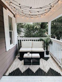 Dream Home Design, My Dream Home, House Design, Hm Deco, Zeina, H & M Home, First Home, My New Room, Porch Decorating