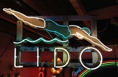 gods own junkyard Old Neon Signs, Vintage Neon Signs, Swimming Pool Signs, Swimming Pools, Victorian Bath House, Neon Moon, Advertising Signs, Neon Lighting, Colors