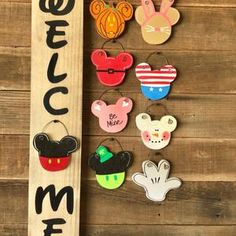 Mickey inspired black welcome | Etsy Disney Diy Crafts, Disney Home Decor, Porch Signs, Home Signs, Birthday Wishlist, Birthday Fun, Disney Sign, Disney House, Mickey Mouse Head