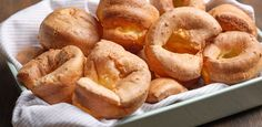 Best Yorkshire Pudding Recipes, Batter Recipe, Roasted Meat, Muffin Tins, Bagel, Food Network Recipes, Oven, British, Good Things