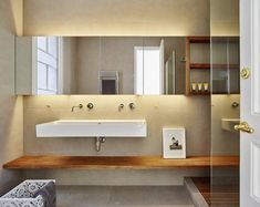 The renovation of this 140 m2 art nouveau apartment in the Eixample district in Barcelona has r...