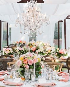 WEBSTA @ agoodaffair - Dying over these elegant #chandeliers over lush tablescapes 😍#gardenwedding #agoodaffairdesign Design|Production: @agoodaffair @agoodaffairnatalie PC: @brandonkiddphoto Catering: @madebymegcatering Rentals: @foundrentals @classicparty Video: @expressionaryproductions #estatewedding #eventdesign #chandelier #weddingflowers