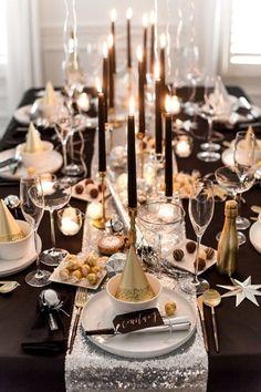 Dîner de réveillon du Nouvel An avec chocolat Lindt - Table top - [post_tags New Years Dinner Party, Dinner Party Table, Nye Party, New Years Eve Birthday Party, Party Hats, New Years Eve Menu, Party Tables, Gala Dinner, Birthday Parties