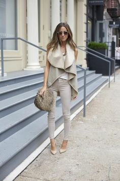 Neutrals: Skinny jeans, light sweater vest and hobo :)