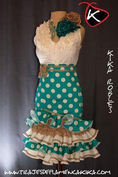 Latin Ballroom Dresses, Dance Dresses, Flamenco Dresses, Spanish Fashion, Spanish Style, Dress Outfits, Fashion Outfits, Womens Fashion, Frill Dress
