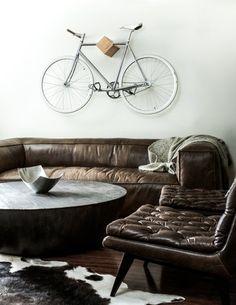 Wieszak na rower Ono Cycle - Rower od projektanta Bike Hanger, Bike Rack, Bicycle Wall Mount, Bike Wall Hooks, Build Your Own Bike, Range Velo, Interior Styling, Interior Design, Design Interiors