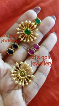 Jewelry OFF! Gold earrings designs for daily use - Simple Craft Ideas Gold Jhumka Earrings, Jewelry Design Earrings, Gold Earrings Designs, Gold Jewellery Design, Beaded Jewelry, Jewelry Necklaces, Indian Earrings, Craft Jewelry, Designer Earrings