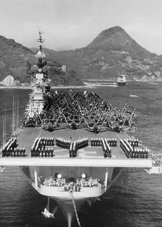 Uss Leyte Aircraft Carrier | File:USS Leyte (CV-32) bow Sasebo 1950.jpg - Wikimedia Commons