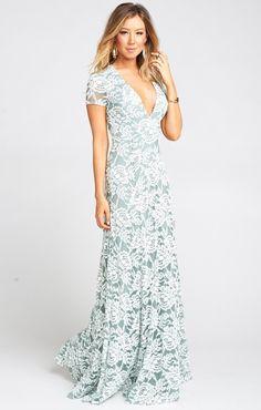 Mumu Bridesmaid Dresses, Mob Dresses, Plus Size Dresses, Girls Dresses, Dresses With Sleeves, Bride Dresses, Cap Sleeves, Sage Color Dress, Creative Wedding Inspiration