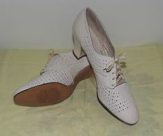slashed oxfords, very typical 1930s