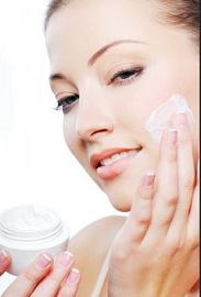 moisturize skin with skin care products