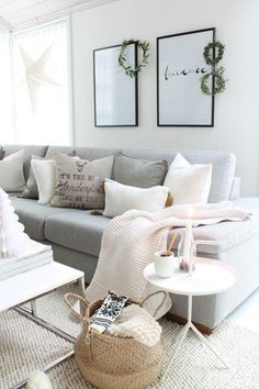 This living room design is simply stunning. The gorgeous grey sofa is the perfect focal point to this living room setting. Home Living Room, Apartment Living, Living Room Decor, Living Spaces, Living Room Inspiration, Home Decor Inspiration, Grey Sofa Inspiration, Piece A Vivre, Deco Design