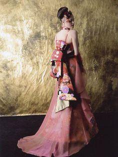 'we dress' made of kimono Kimono Jacket, Kimono Dress, Nice Dresses, Amazing Dresses, Japanese Kimono, Wedding Gallery, Kimono Fashion, Traditional Dresses, Frocks