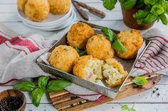Arancini - fylte risottoboller fra Sicilia | Olivero - smaken av Middelhavet Arancini Recipe, Mozzarella, Risotto, Tapas, Appetizers, Snacks, Cooking, Ethnic Recipes