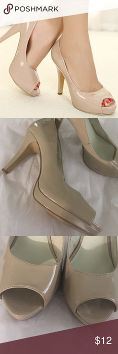 """Nine West ! Nude patent leather sz 8 worn once ,4"""" h Nine West Shoes Heels"""