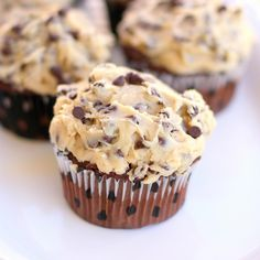 I MUST try this recipe!!!    Cookie Dough Frosting!!