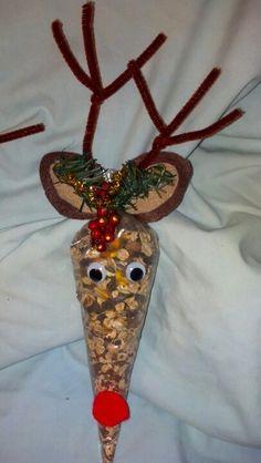 Magic Reindeer Food Christmas Eve Box, Christmas Games, Merry Little Christmas, Christmas Goodies, Christmas 2016, Christmas Ideas, Christmas Ornaments, Kindergarten Crafts, Preschool