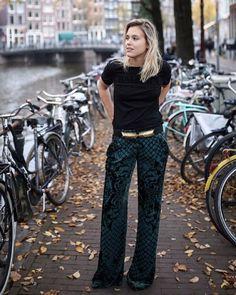 Printed pants + black tee